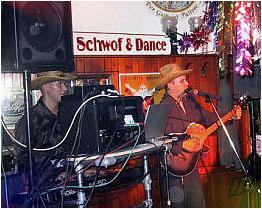Schwof & Dance