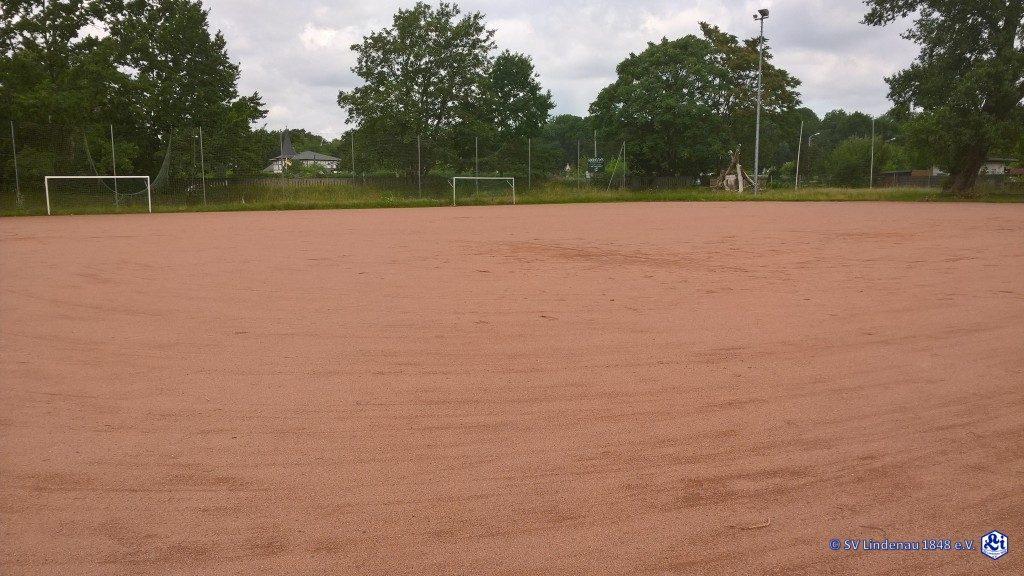 Fußball-Hartplatz
